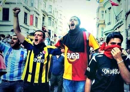 besiktas fenerbahce galatasaray futbol fans