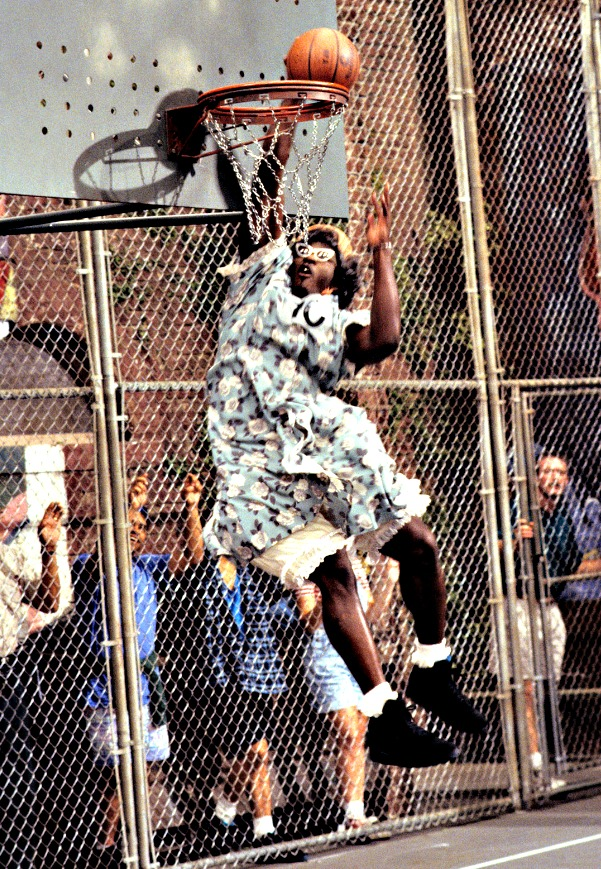 dunking grandma Larry Johnson Grandmama
