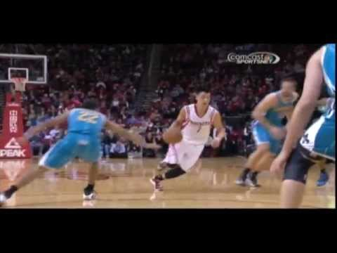 Video: Jeremy Lin no look pass to Greg Smith for Slam