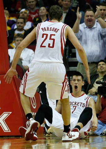 Chandler Parsons and Jeremy Lin celebrate 3 point play vs lakers