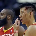 Jeremy Lin with bloody head Milwaukee Bucks
