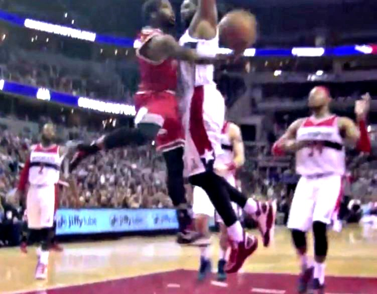 How is this Aaron Brooks windmill, 180 degree layup not being talked about more?