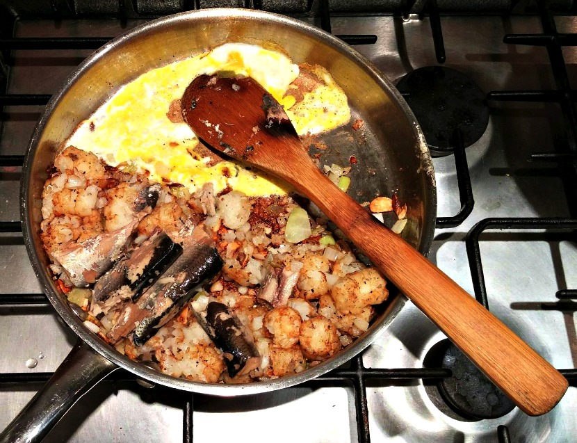 Sardine Hash: What to make with sardines, potatoes and onions in the cupboard?