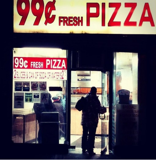 New Yorks Cheap Eats The Ubiquitous 1 Pizza Or 99 Cent Slice