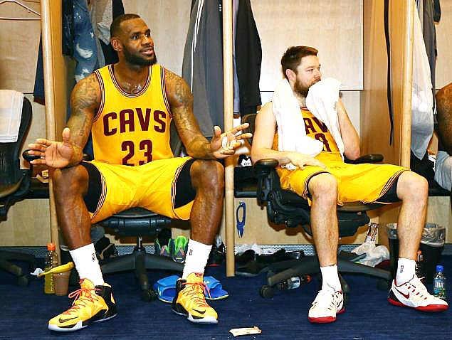 lebron james dellevedova tired