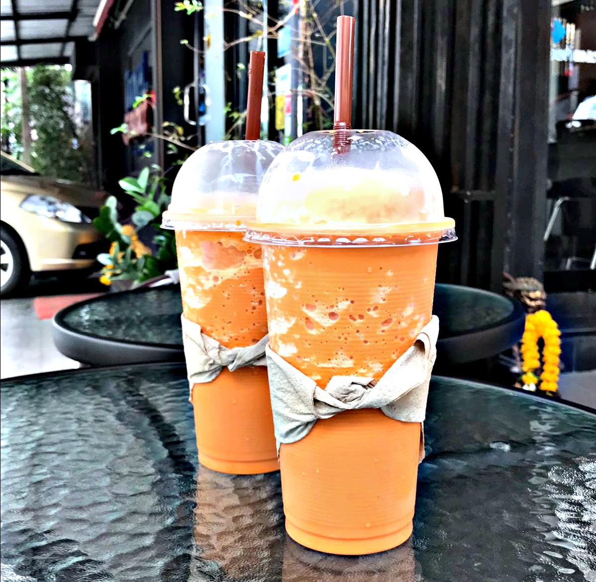 Wait… what makes Thai Iced Tea that orange color?