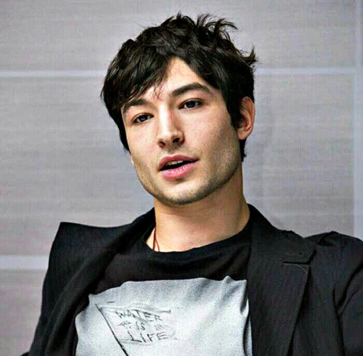 What is Ezra Miller's race? Is the young actor part-Asian or multi-racial?